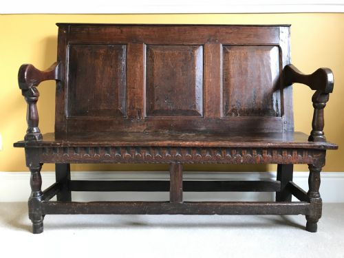 Peachy Antique Small Settle Furniture The Uks Largest Antiques Beatyapartments Chair Design Images Beatyapartmentscom