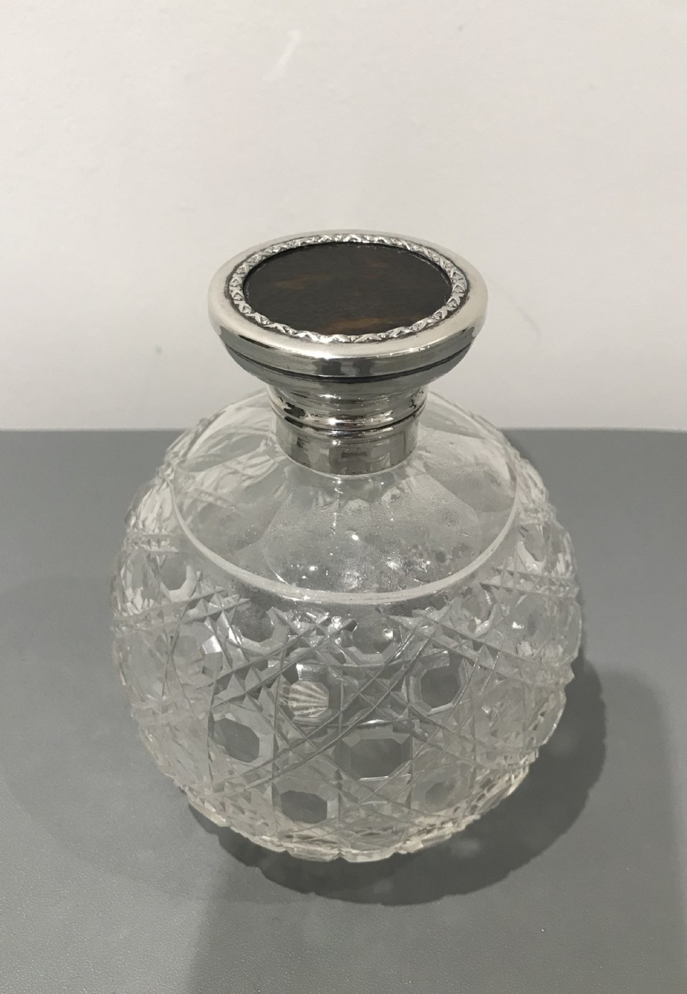 large george v silver and cut glass scent bottle 1920
