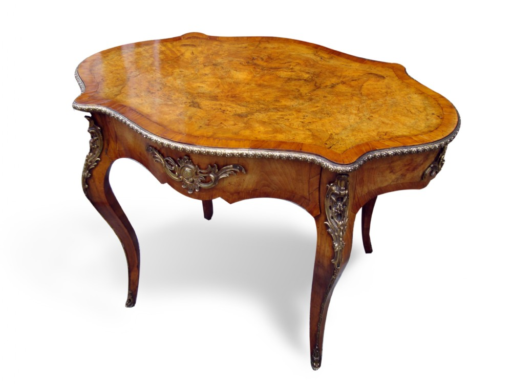 a fine 19thc french figured burr walnut centre table
