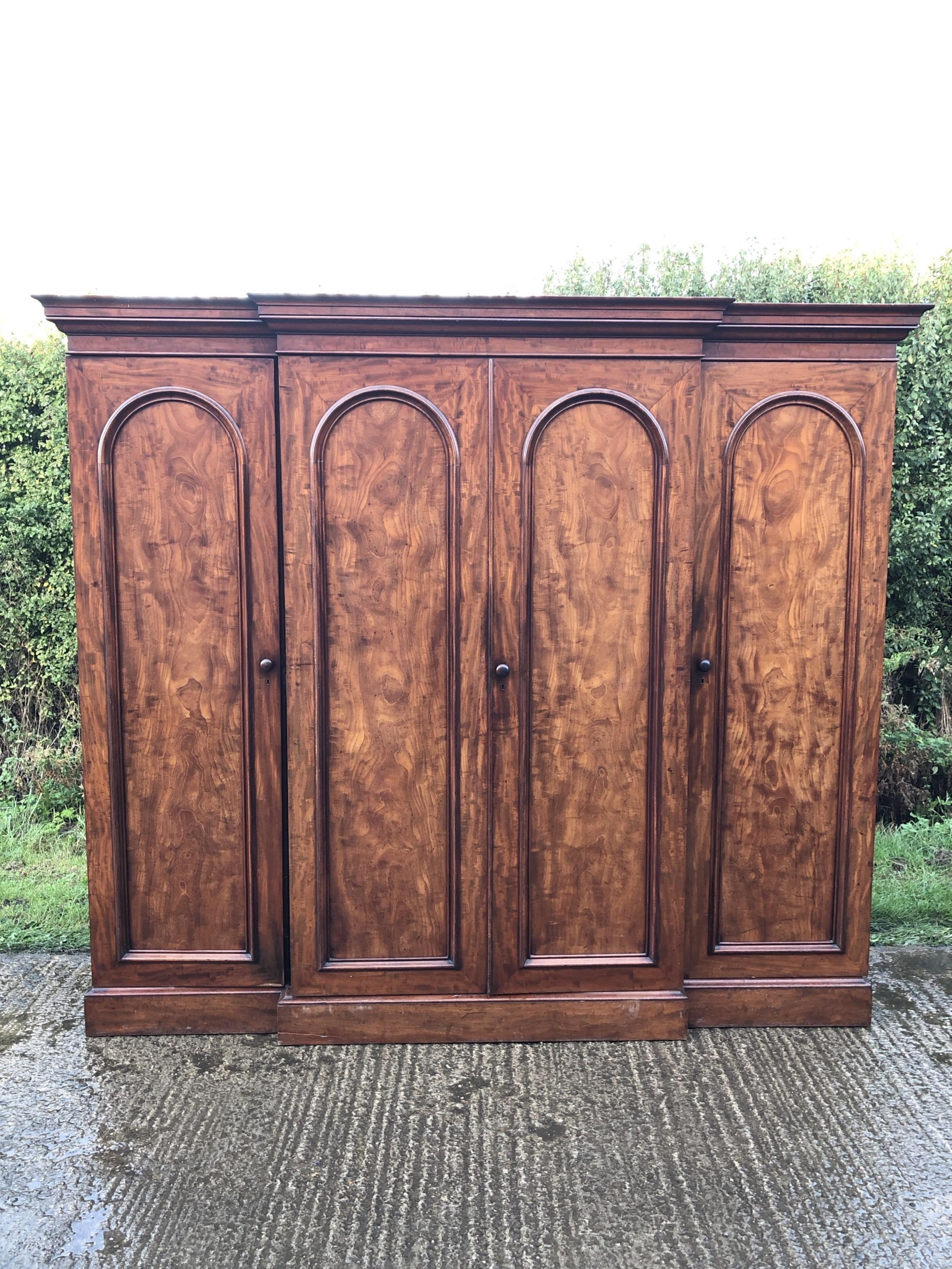 victorian mahogany 4 door breakfront wardrobe