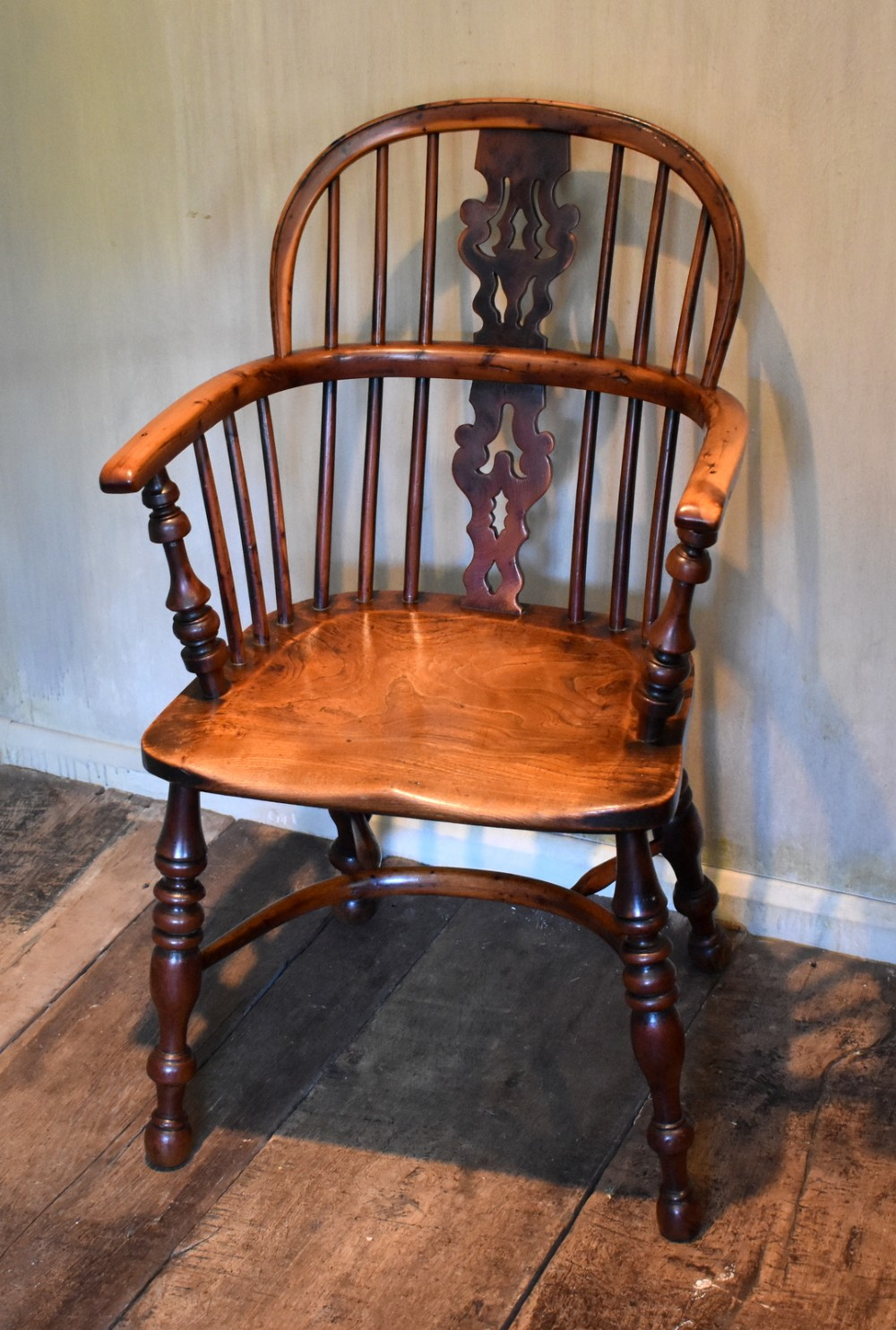 superb yew wood low back windsor chair