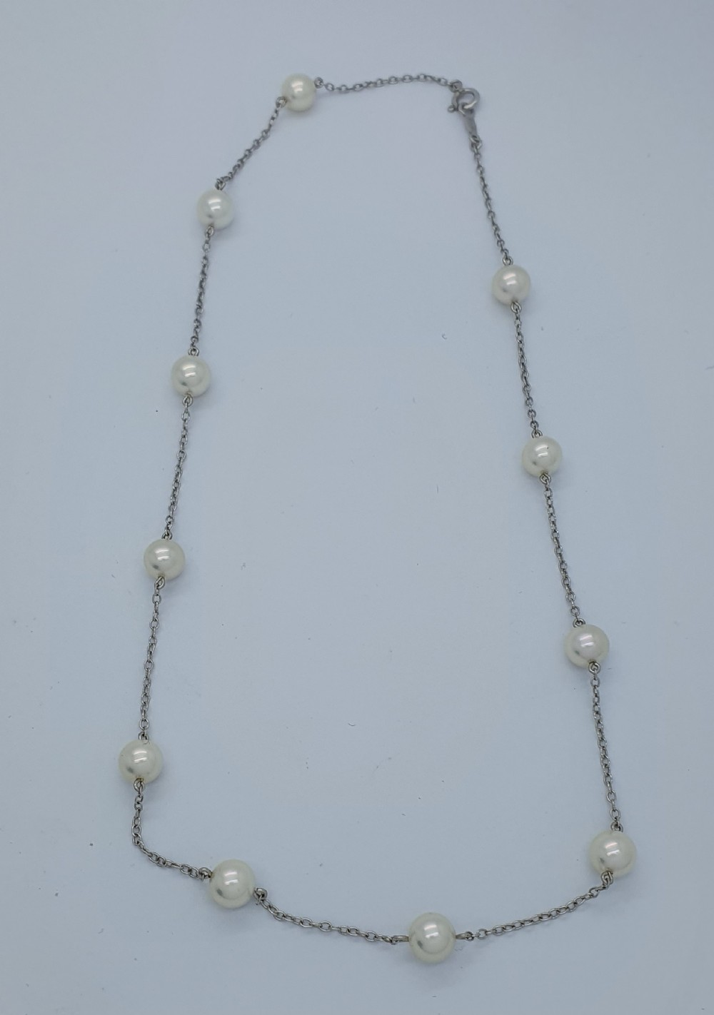 18ct white gold and akoya pearls