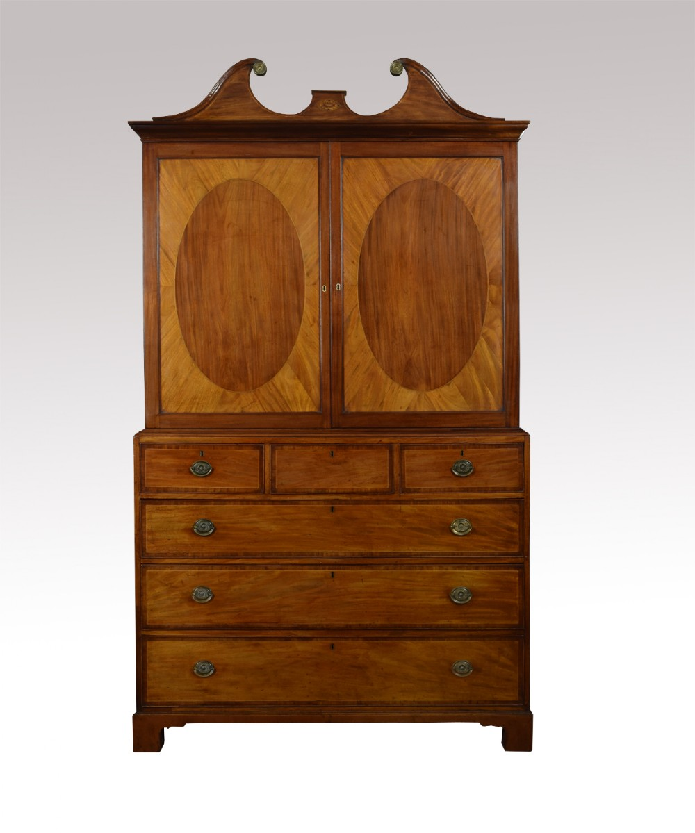fine 18th century george iii period mahogany gentlemans cabinet on chest