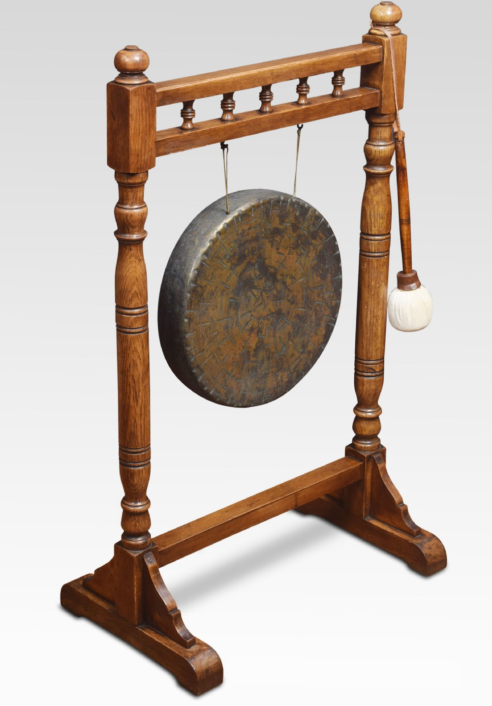 oak dinner gong