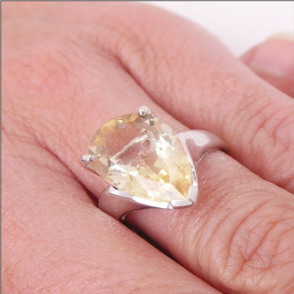 9ct white gold pear drop shape citrine 5ct solitaire ring