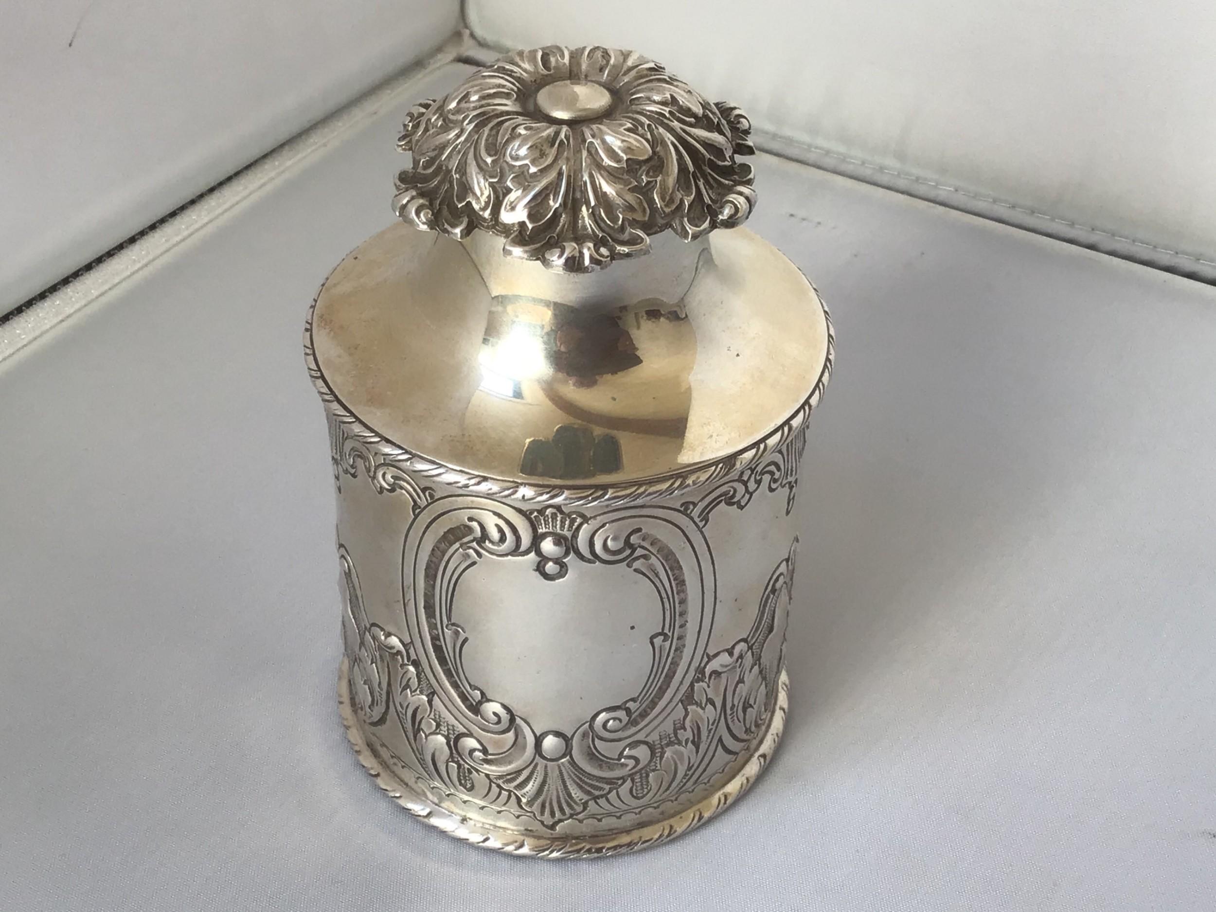 fine quality edwardian solid silver tea caddy