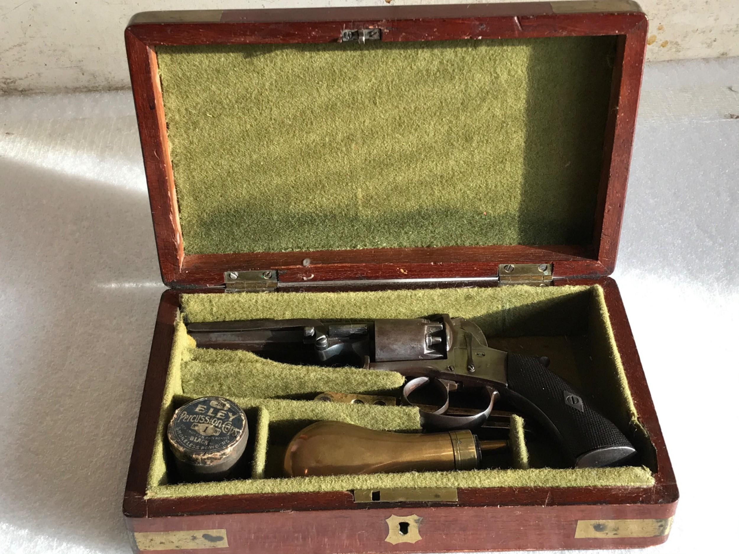 pistol percussion mid 19th century comes boxed