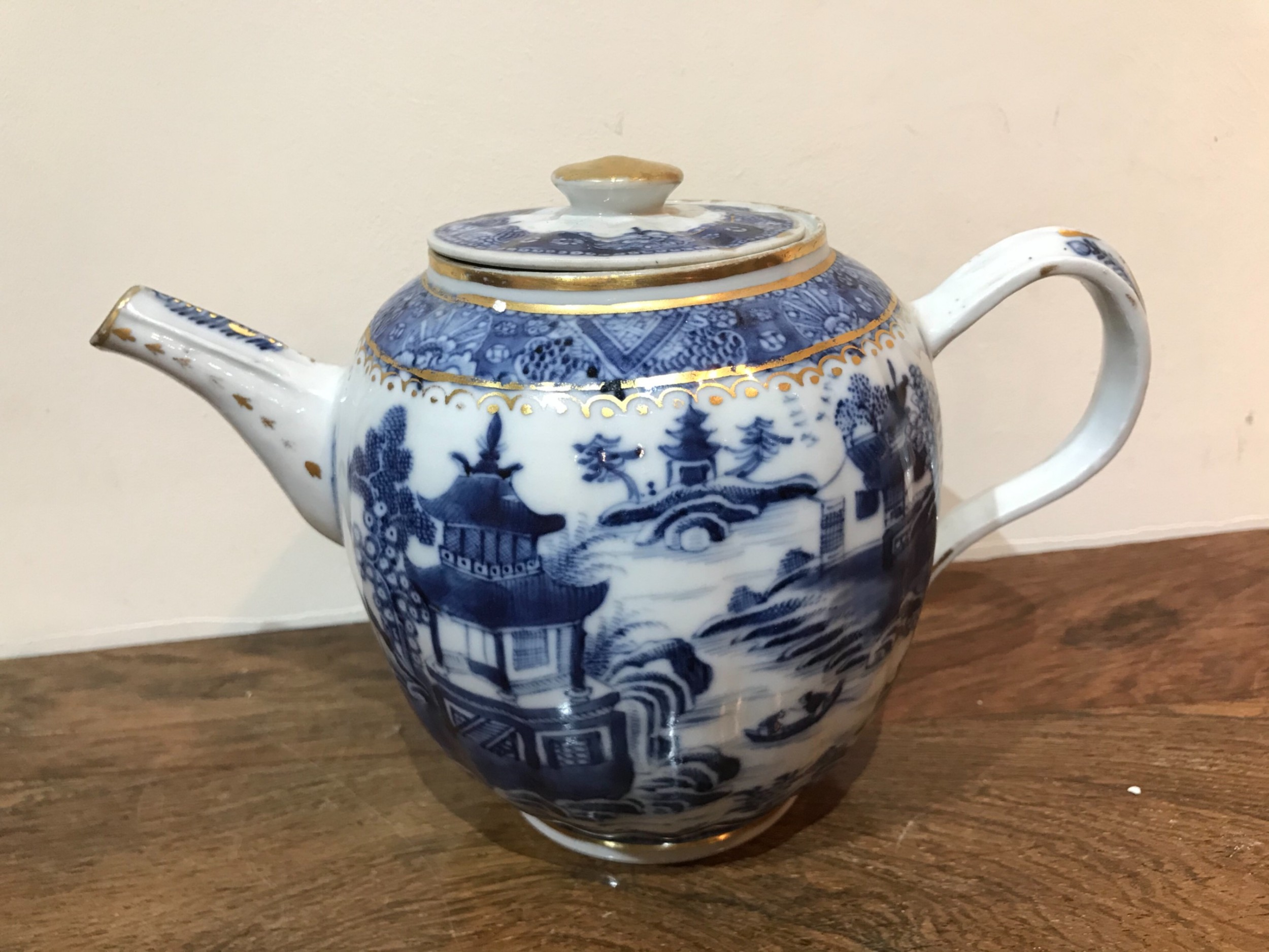 chinese exports teapot 1760s