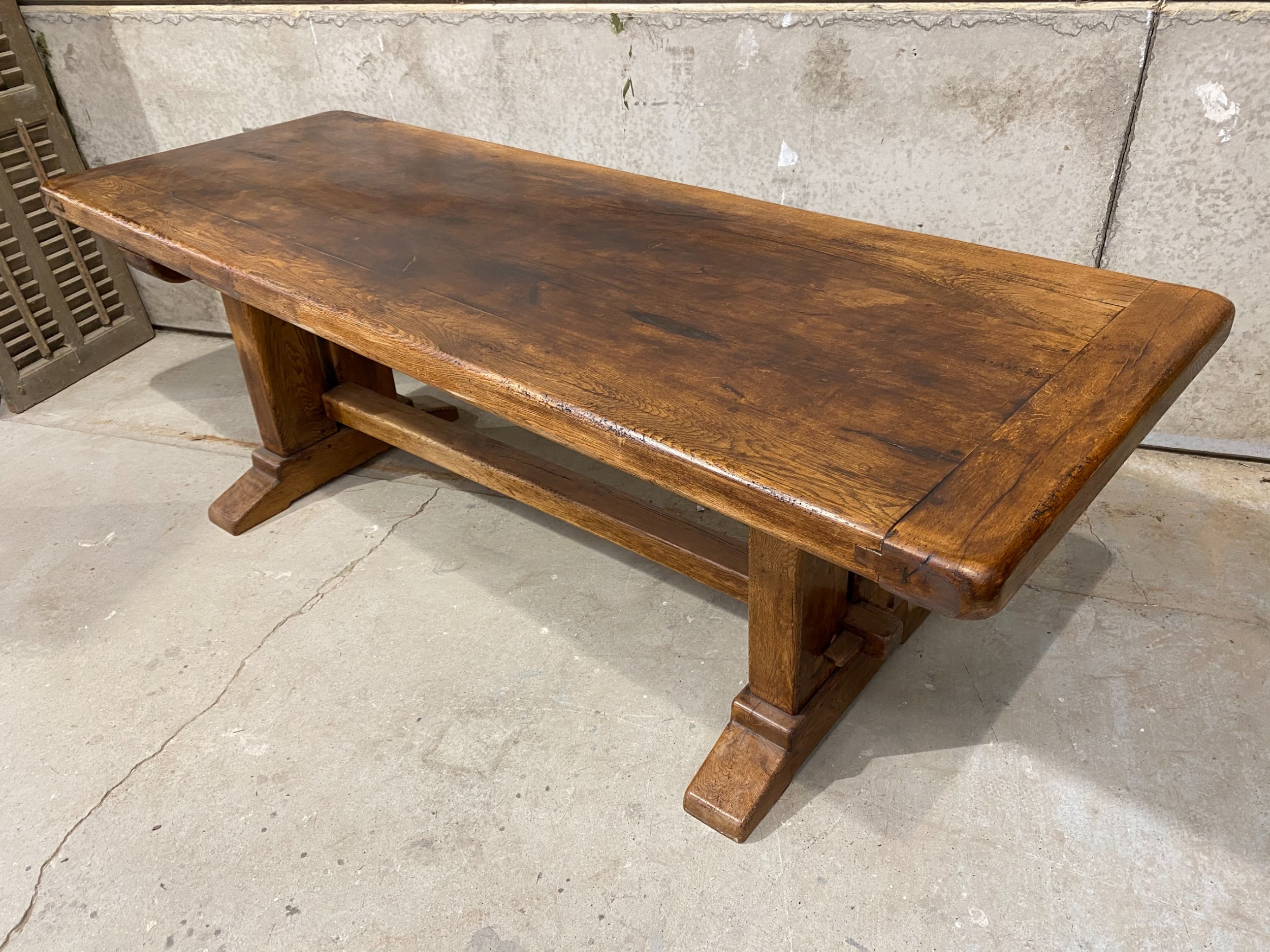 large oak refectory farmhouse dining table