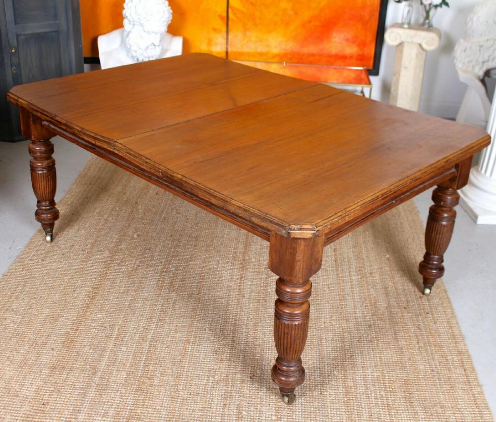 mahogany dining table 19th century