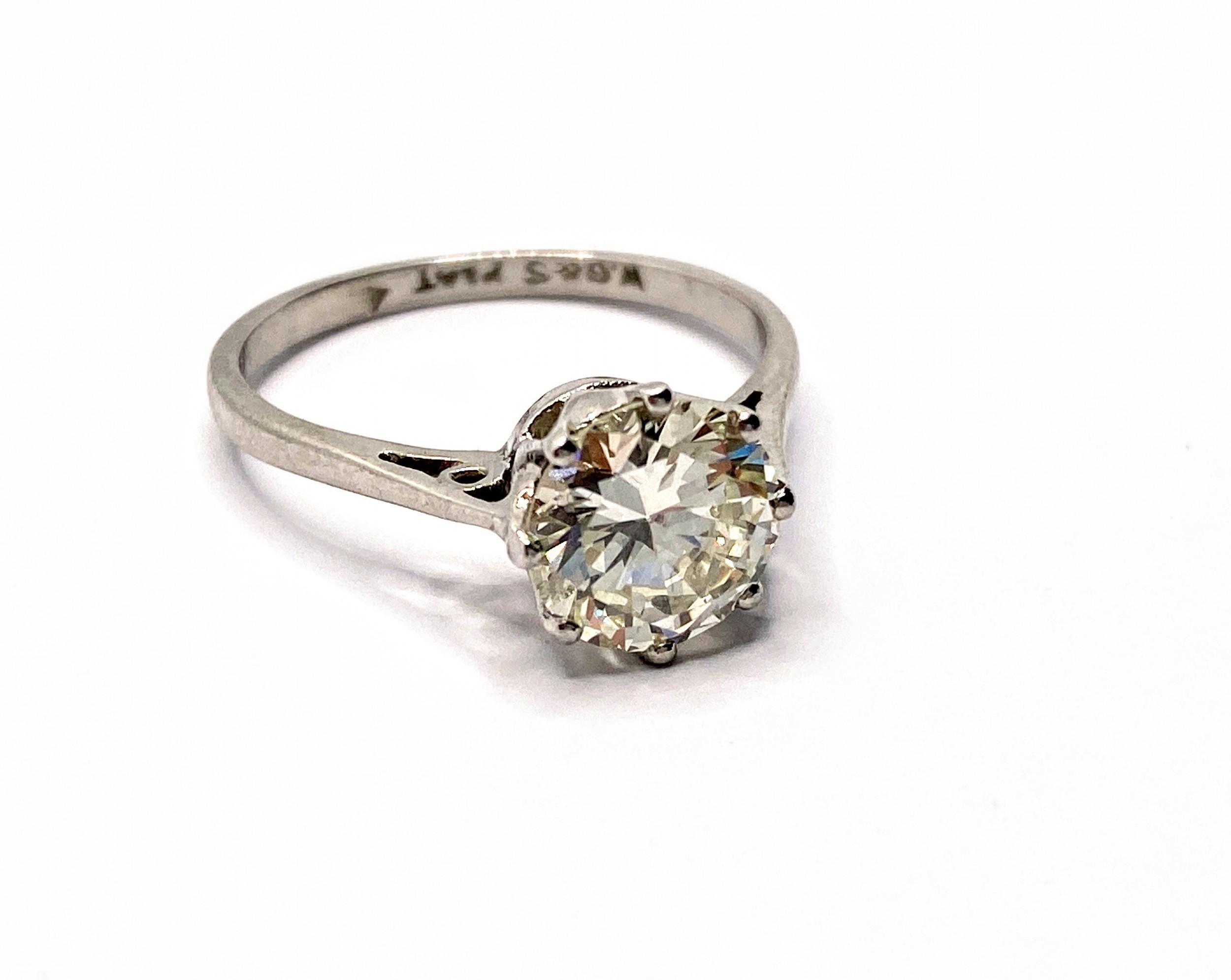 161ct diamond platinum solitaire ring