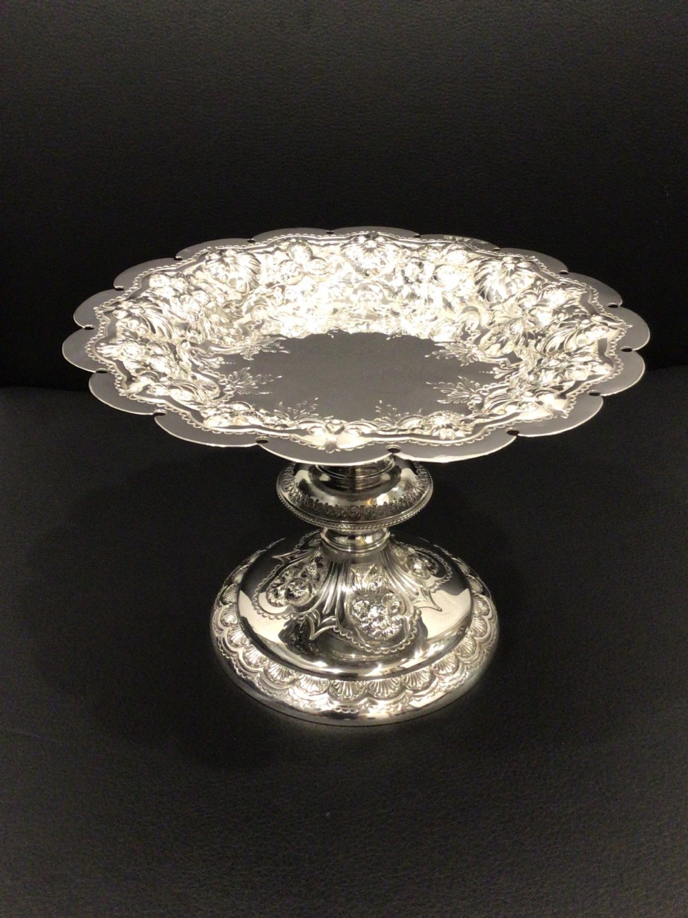 outstanding edwardian chester silver walker and hall tazza