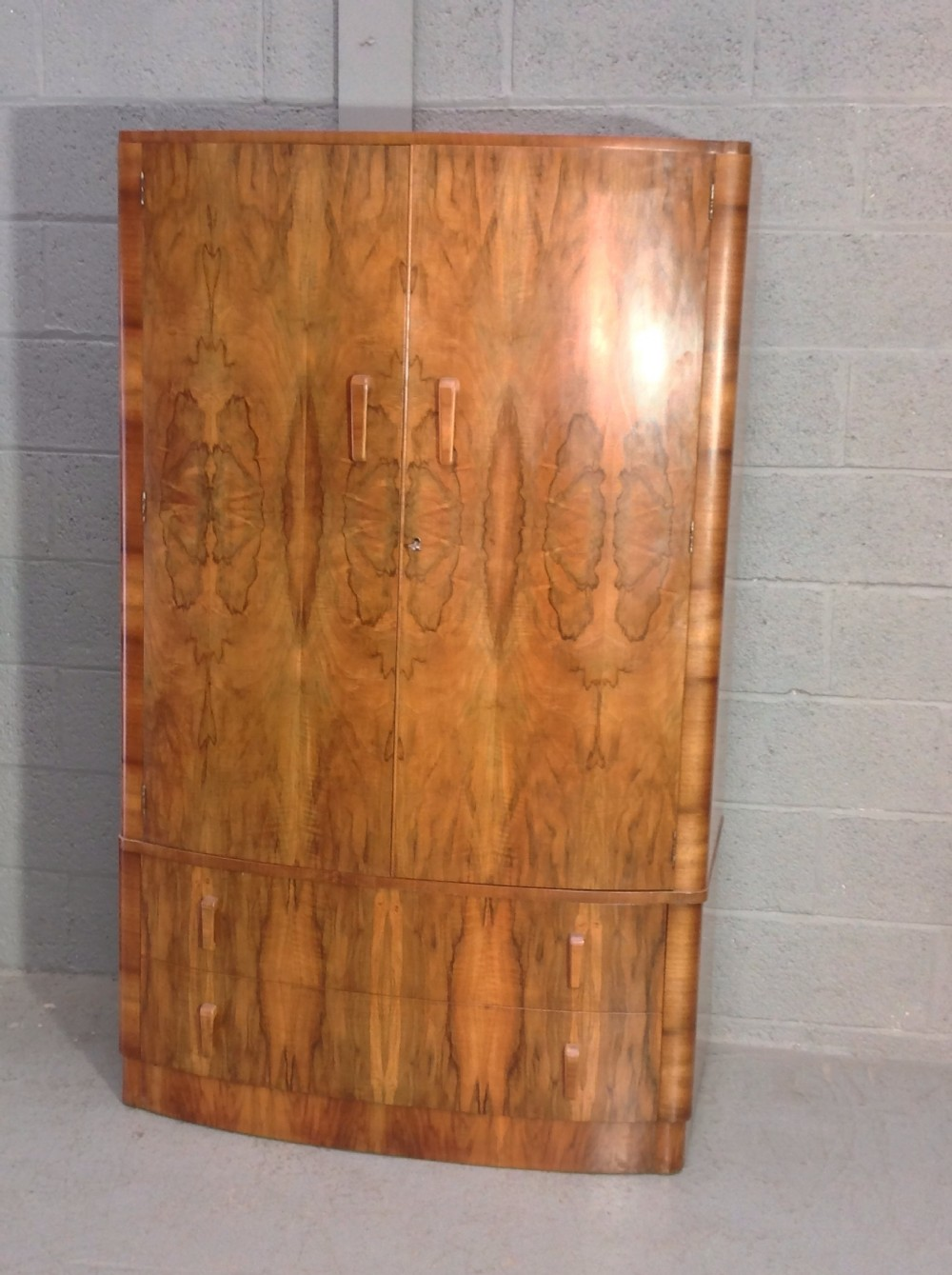 Art Deco Walnut Fitted Wardrobe 492576 Sellingantiques Co Uk # Deco Armoire Metallique Vintage