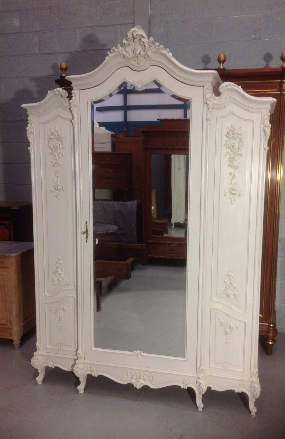 Painted French Armoire 548973 Sellingantiques Co Uk