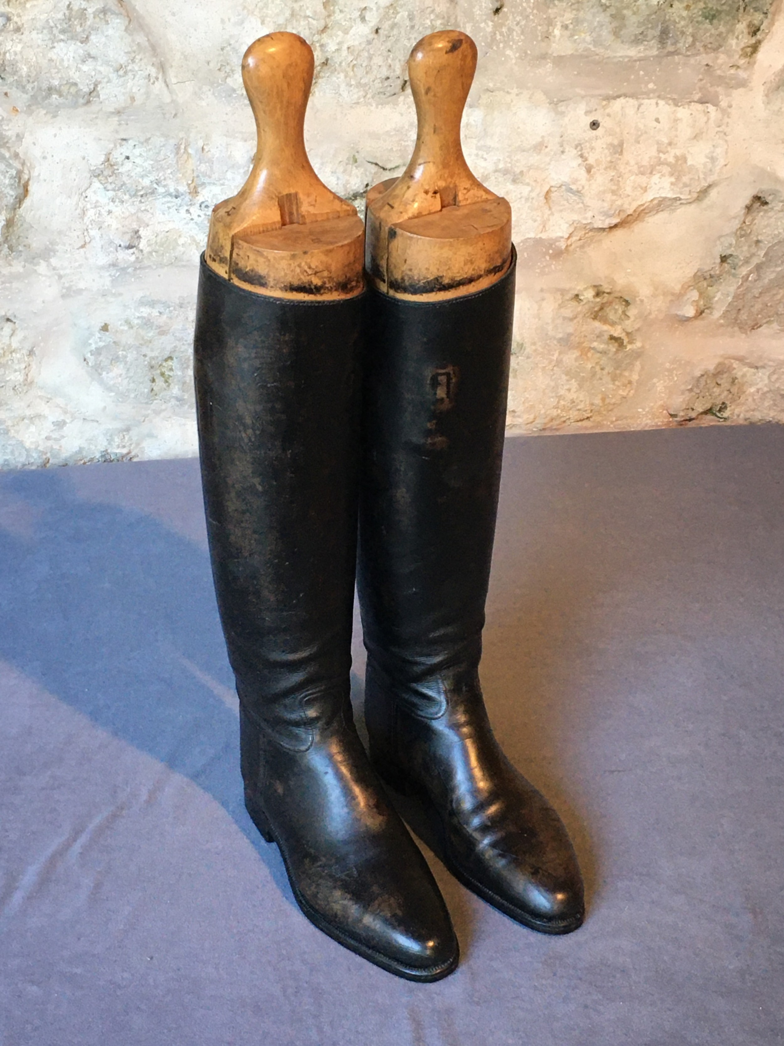 lady's riding boots