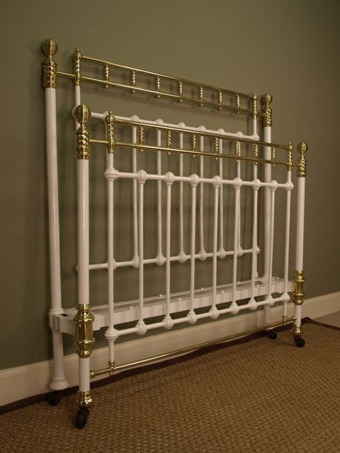 A Victorian White Painted Iron Amp Brass Bed 4ft6 Double
