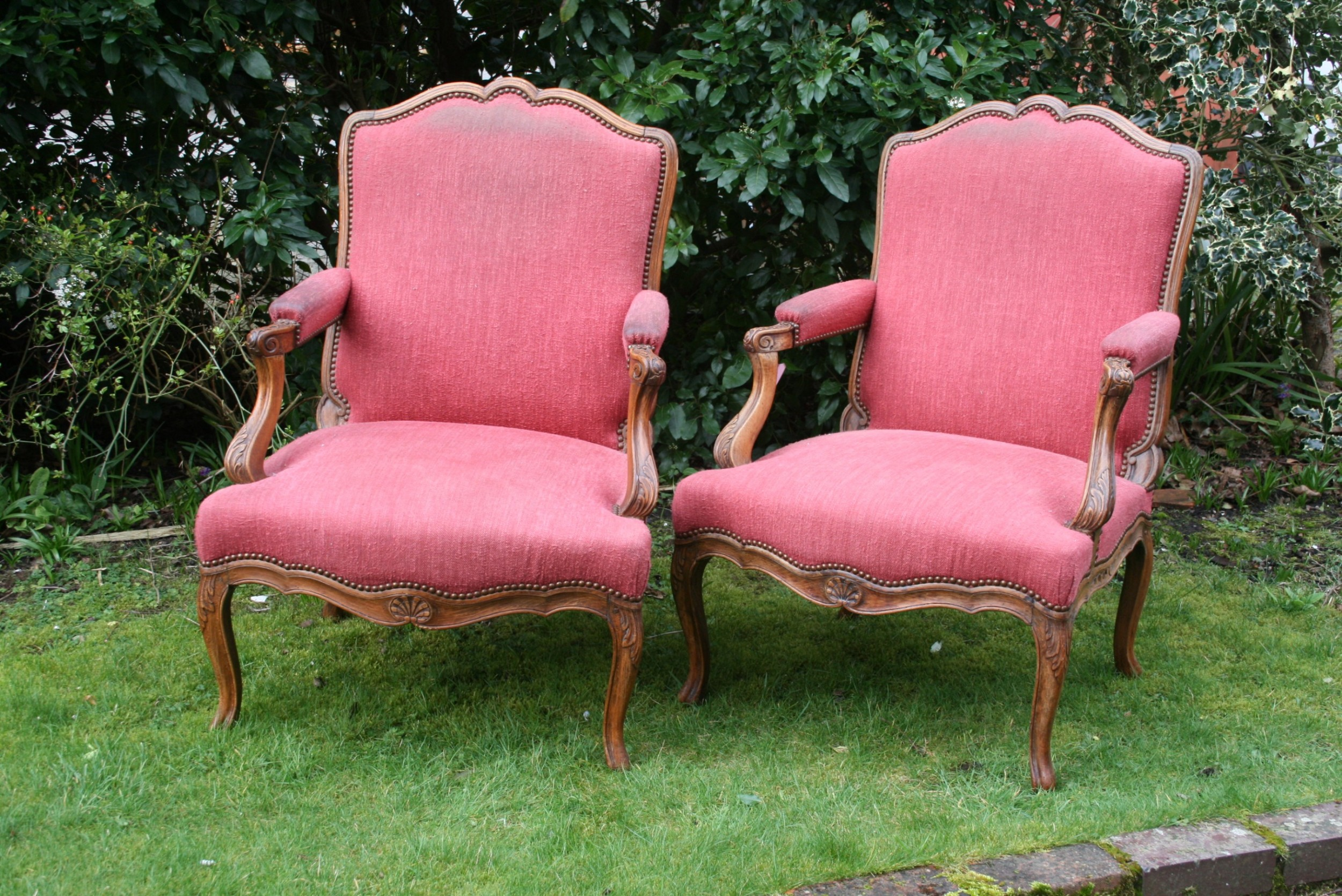 Large Pair Of French Armchairs | 680166 | Sellingantiques ...