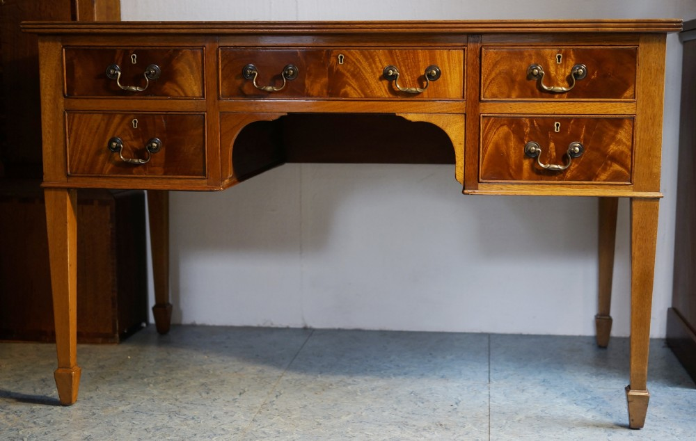 1930s solid mahogany five drawer deskwriing table