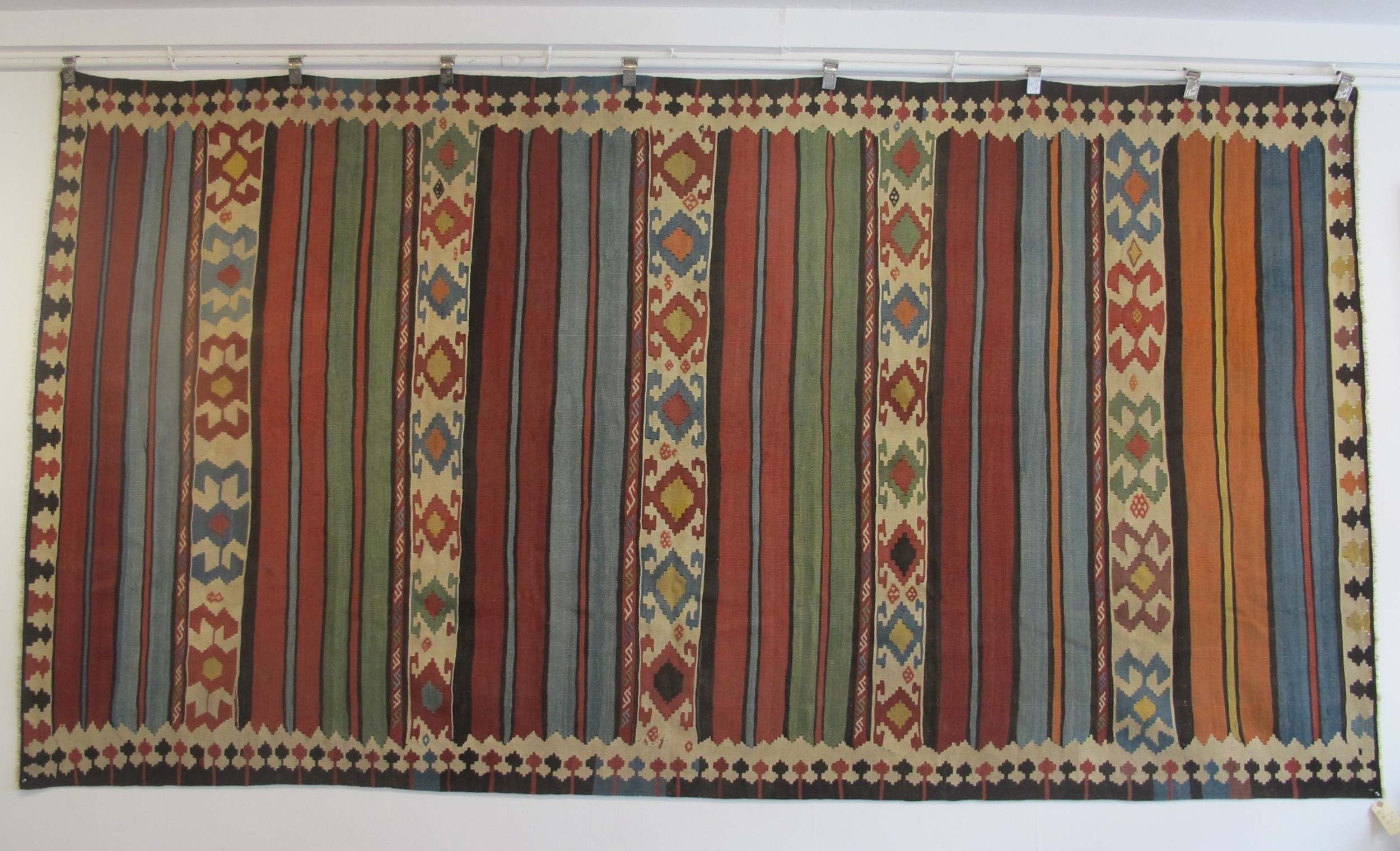 dramatic antique persian kilim 332m x 174m 10' 11 inches x 5' 9 inches