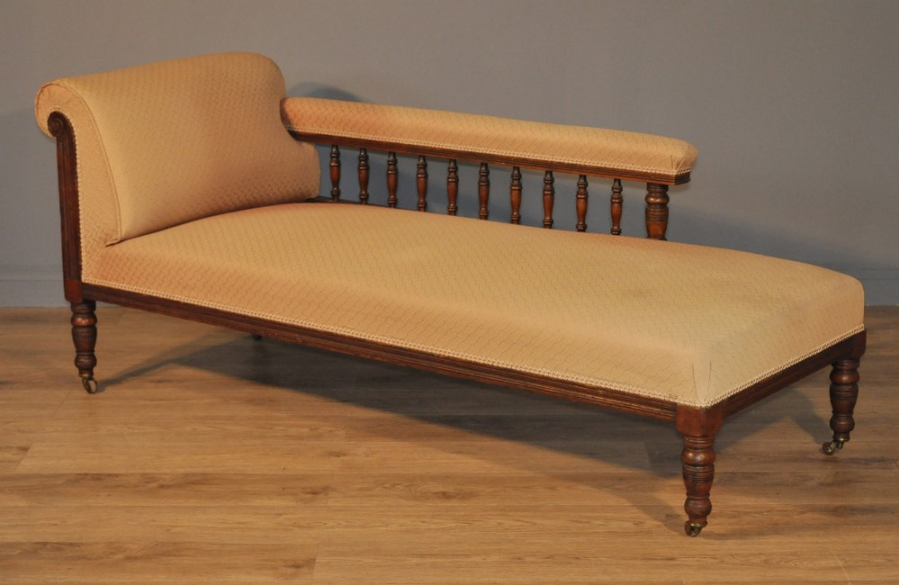 Attractive large antique edwardian mahogany chaise longue for Antique edwardian chaise longue