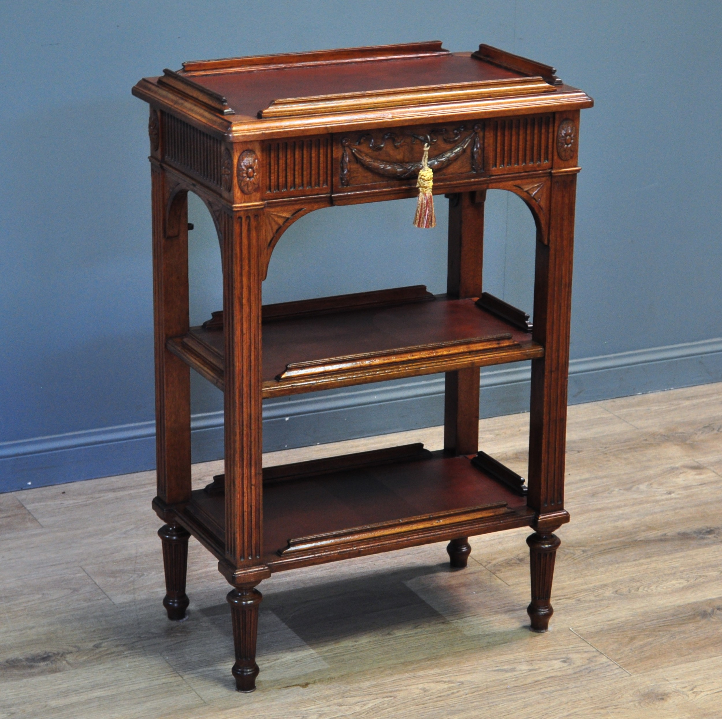 antique victorian carved mahogany 3tier occasional etagere whatnot
