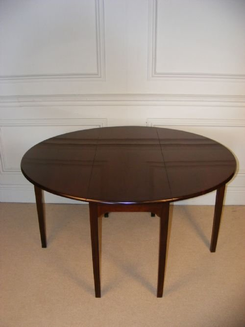george iii mahogany circularoval table