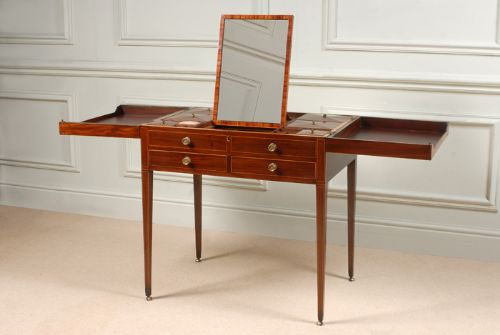 george iii sheraton mahogany dressing table