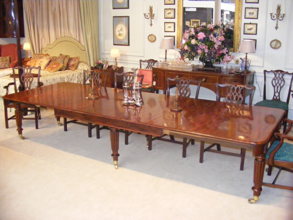 Regency Mahogany Extending Dining Room Table Attributed To  : dealerabrookeshighres1416869806195 6430539439 from www.sellingantiques.co.uk size 1000 x 750 jpeg 165kB