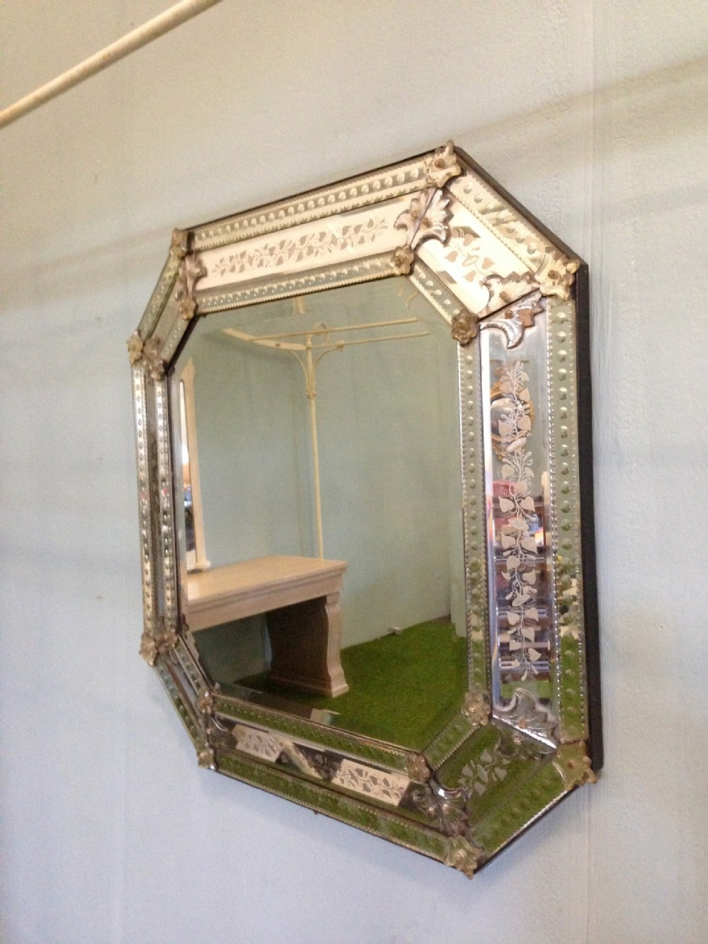 Large Octagonal Venetian Wall Mirror With Decorative