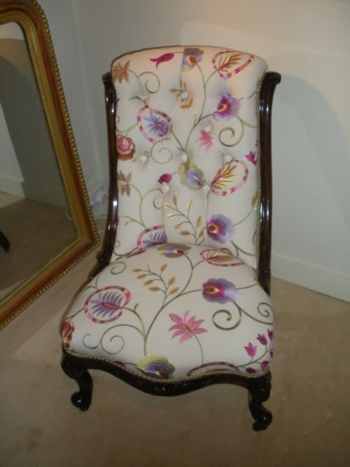 victorian walnut framed ladies chair - Victorian Walnut Framed Ladies Chair 92058 Sellingantiques.co.uk