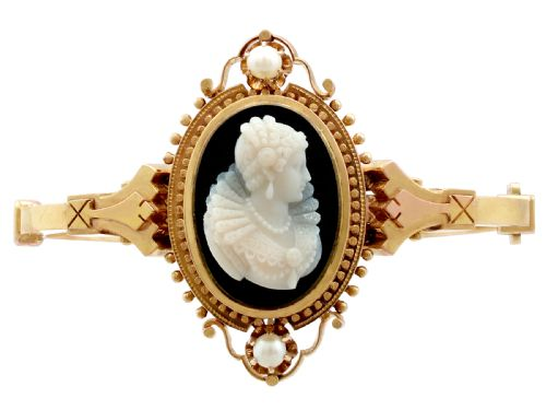 Dating cameo brooch
