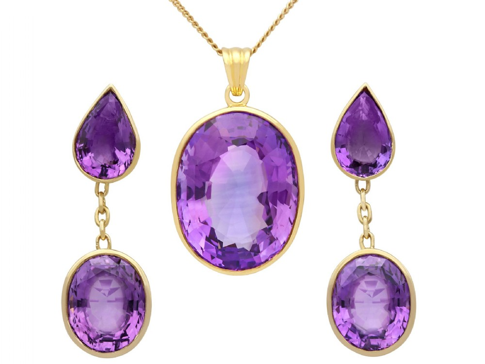 4291 ct amethyst and 18 ct yellow gold earring and necklace set vintage circa 1950