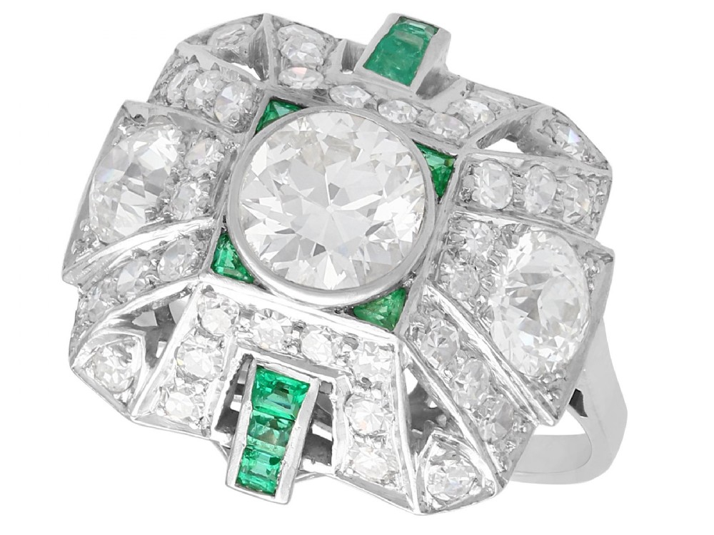 225ct diamond and 027ct emerald platinum cluster ring art deco vintage circa 1935