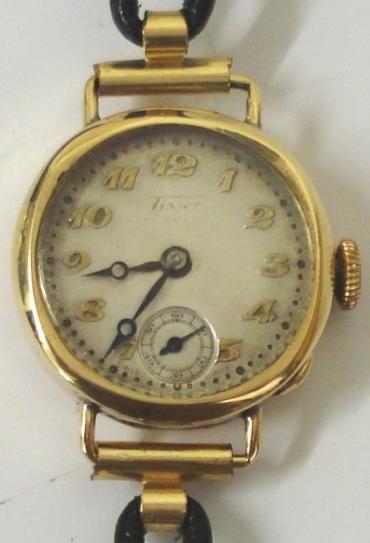 ladies tissot 9ct gold case vintage wrist watch