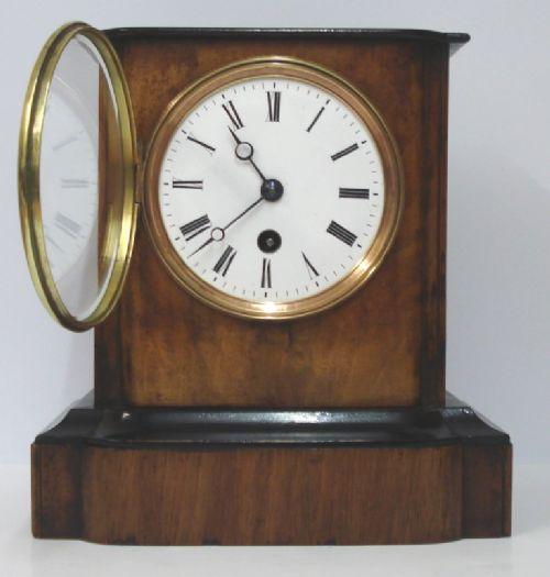 french wood veneer mantel clock timepiece