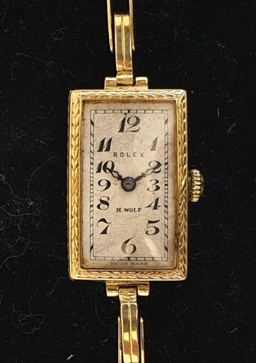 ladies vintage rolex 18ct gold cased manual wind