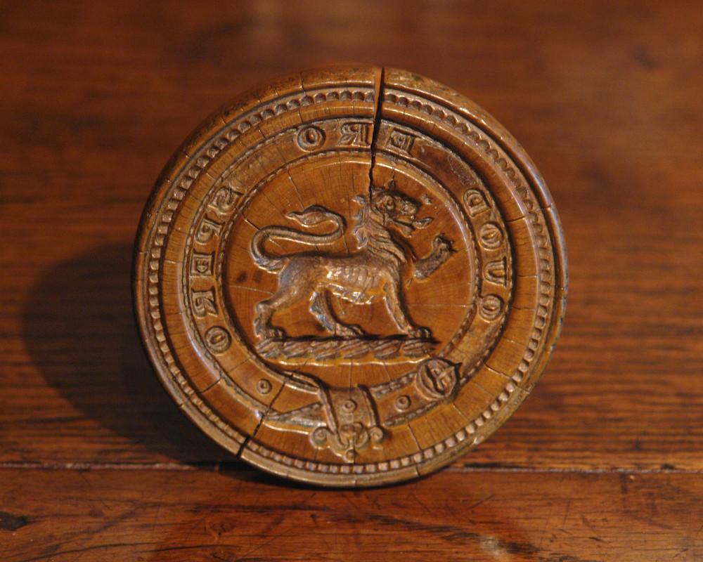 rare victorian heraldic butter stamp