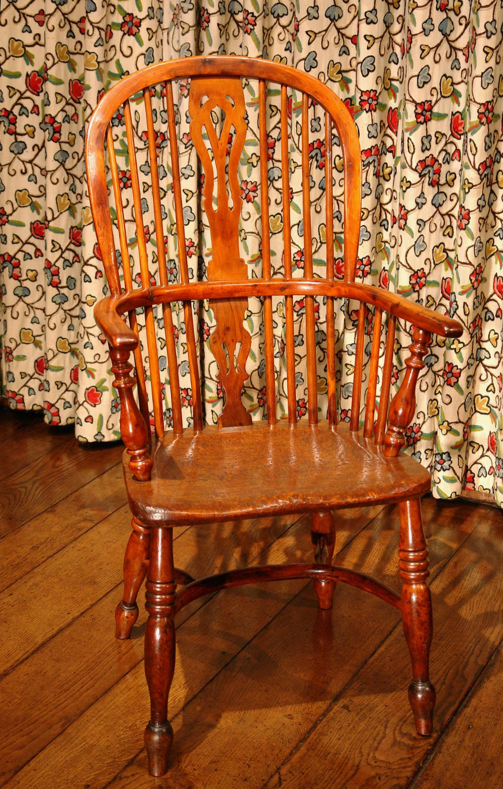 victorian yew wood windsor armchair dining chair