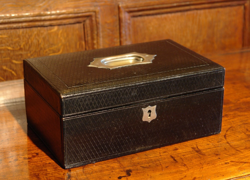 edwardian leather jewellery box