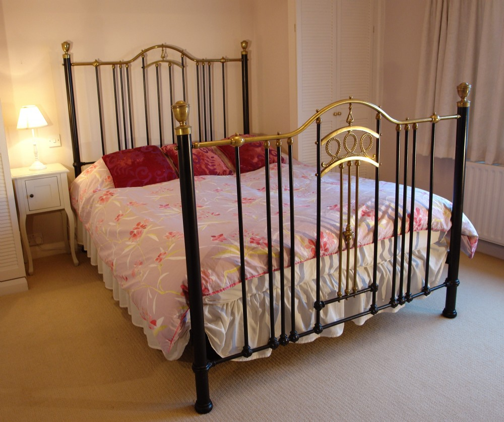 king size victorian brass and cast iron bed