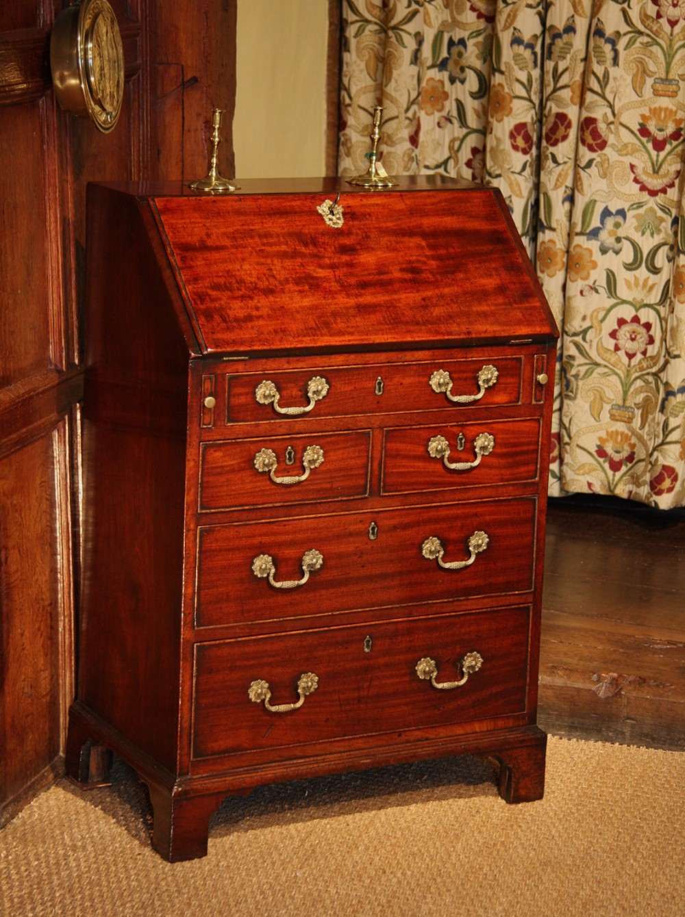 Antiques the uk 39 s largest antiques website for Bureau antique