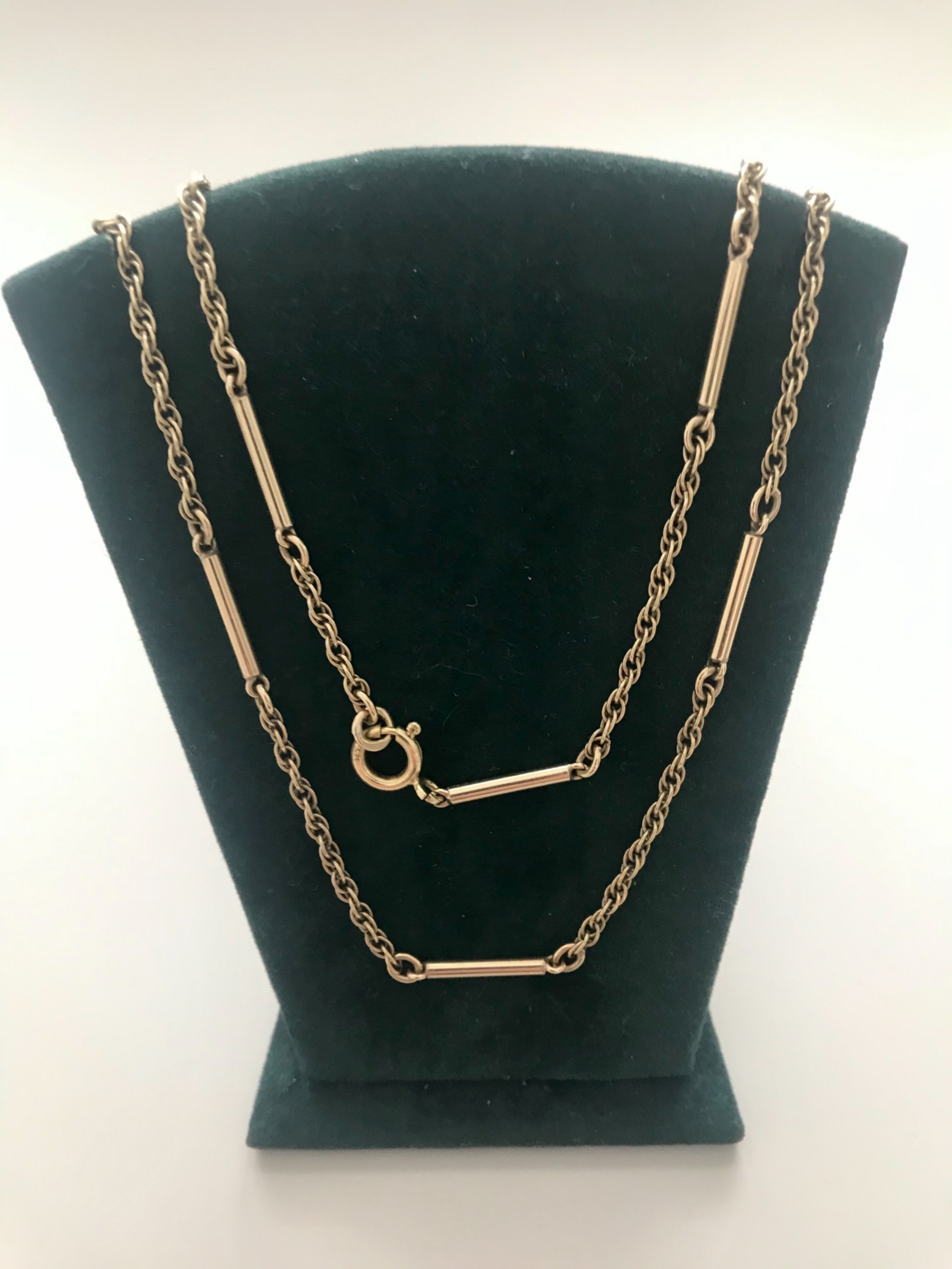 9 ct gold necklace