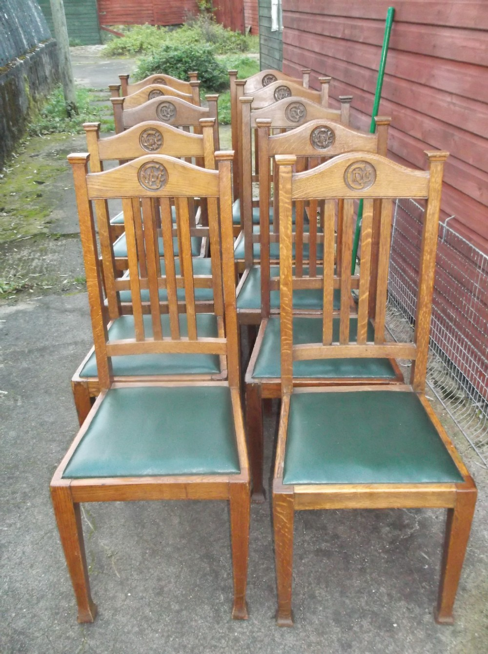 set of 10 oak dining chairs - Set Of 10 Oak Dining Chairs 253861 Sellingantiques.co.uk