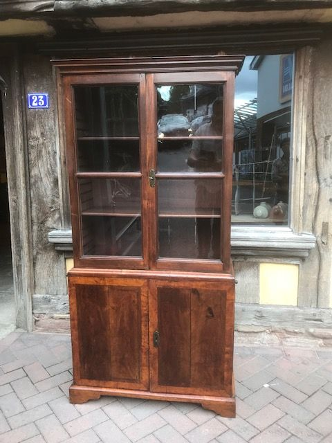 18thc walnut bookcase cabinet of small proportions