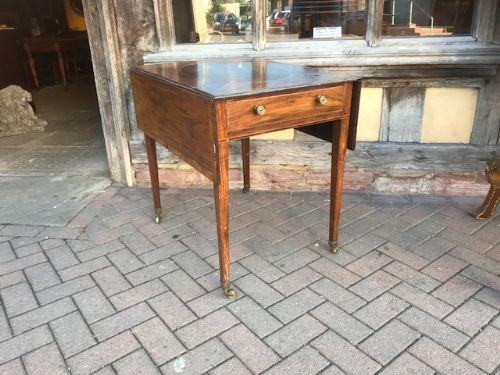18thc gonalo alves pembroke table