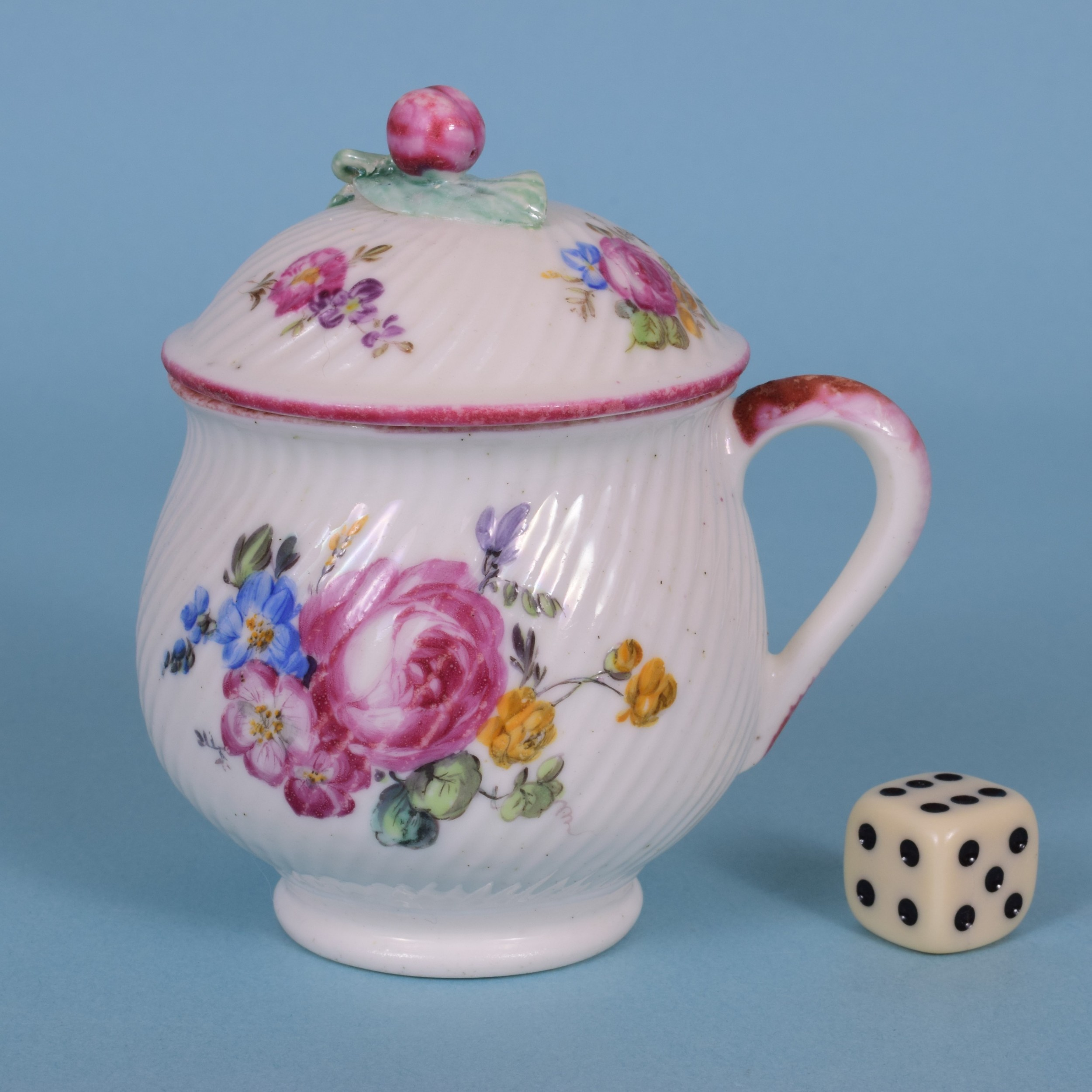 mid 18th century mennecy soft paste porcelain custard cup cover