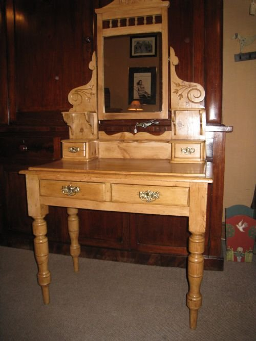 Pine Dressing Table ~ Victorian pine dressing table sellingantiques