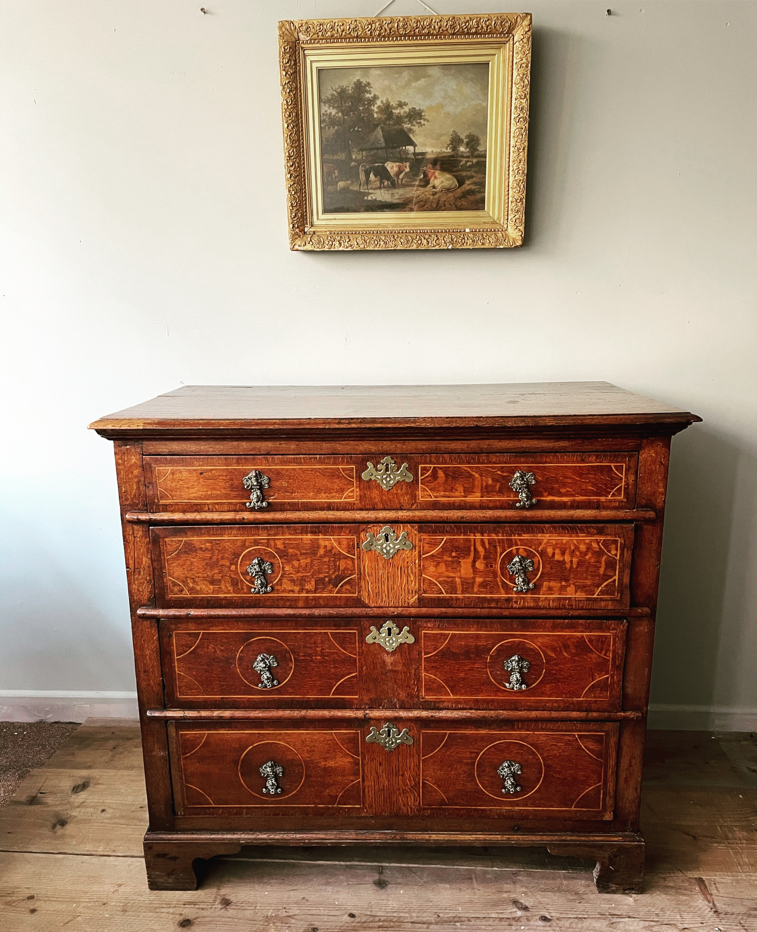 a william and mary oak chest of drawers