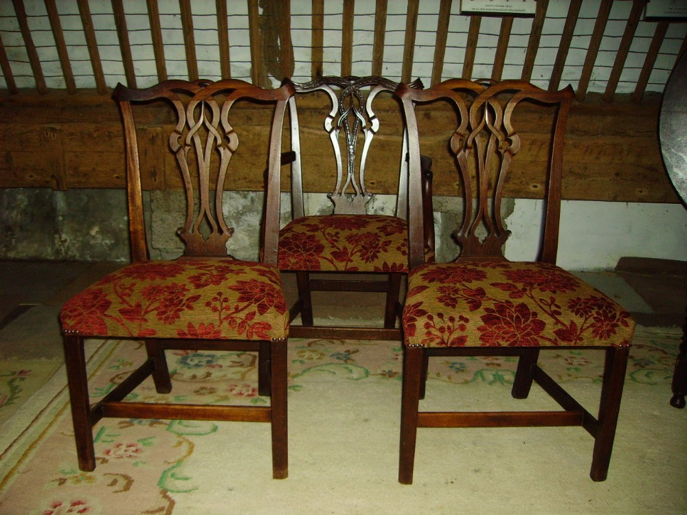 harlequin set of four 19th century mahogany dining chairs in the chippendale  style - Harlequin Set Of Four 19th Century Mahogany Dining Chairs In The