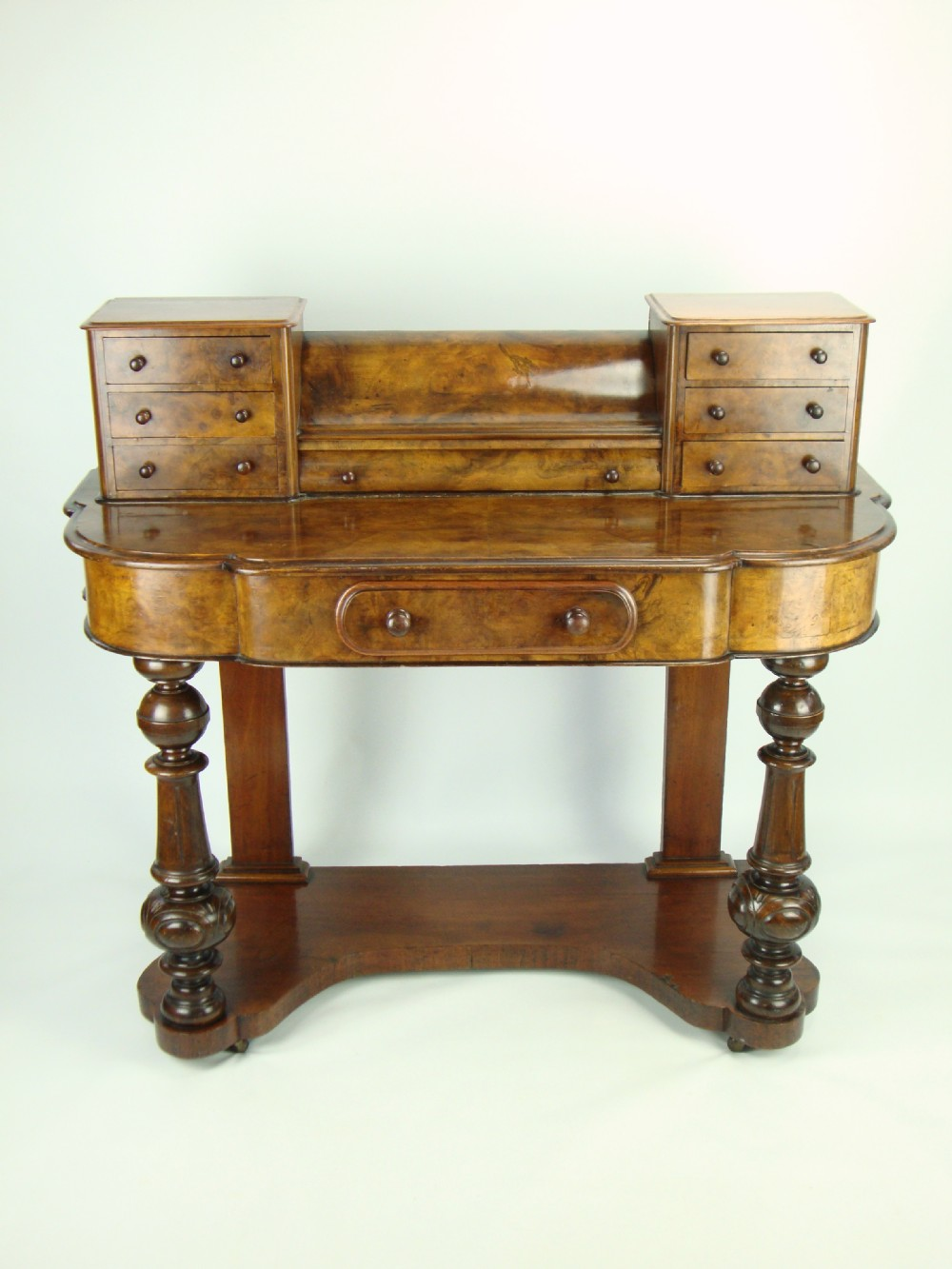Victorian dressing table - Antique Victorian Burr Walnut Duchess Dressing Table